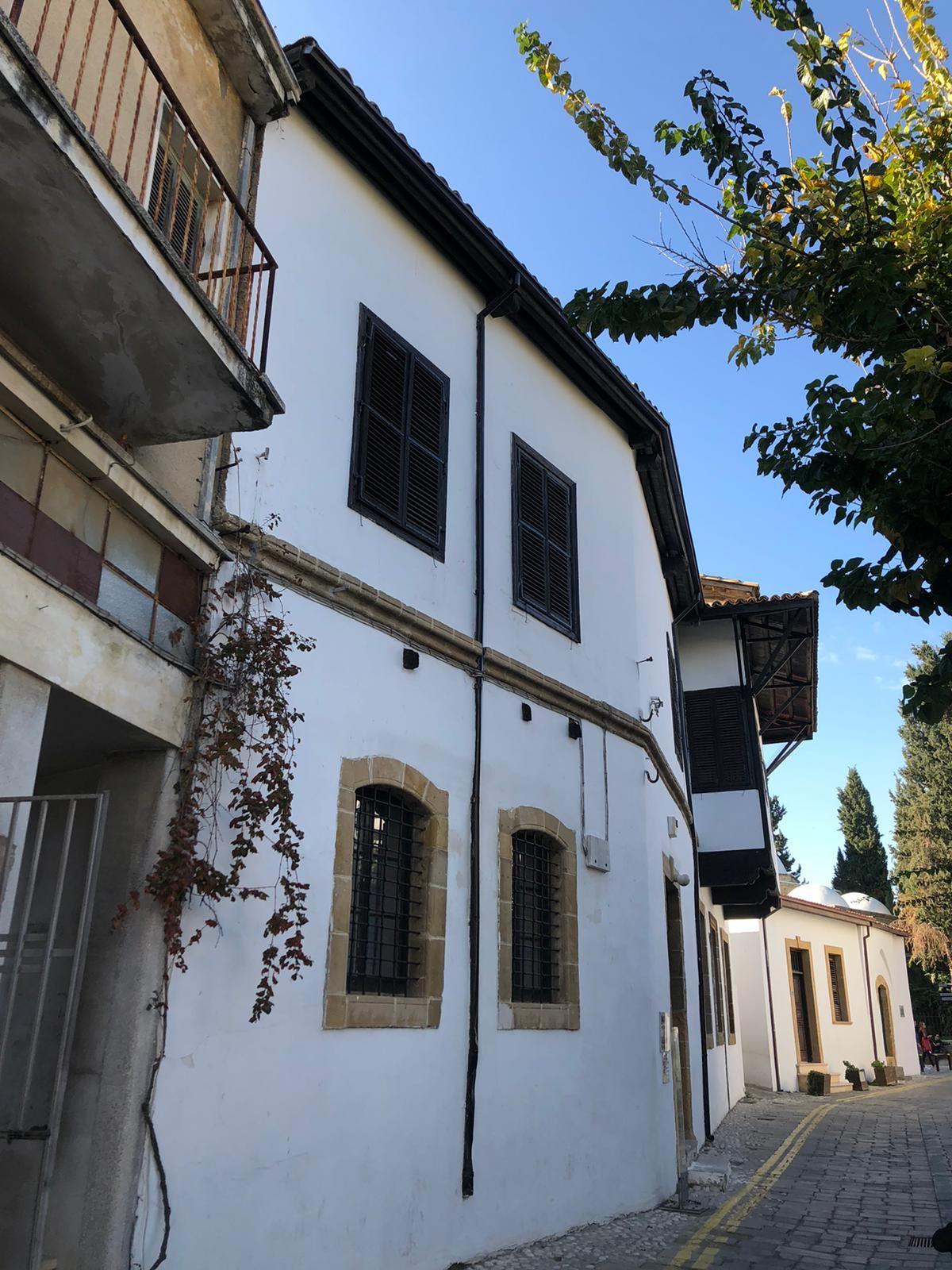 Sayım Çınar'ın Kıbrıs izlenimleri: Rotam bahar - Sayfa:1