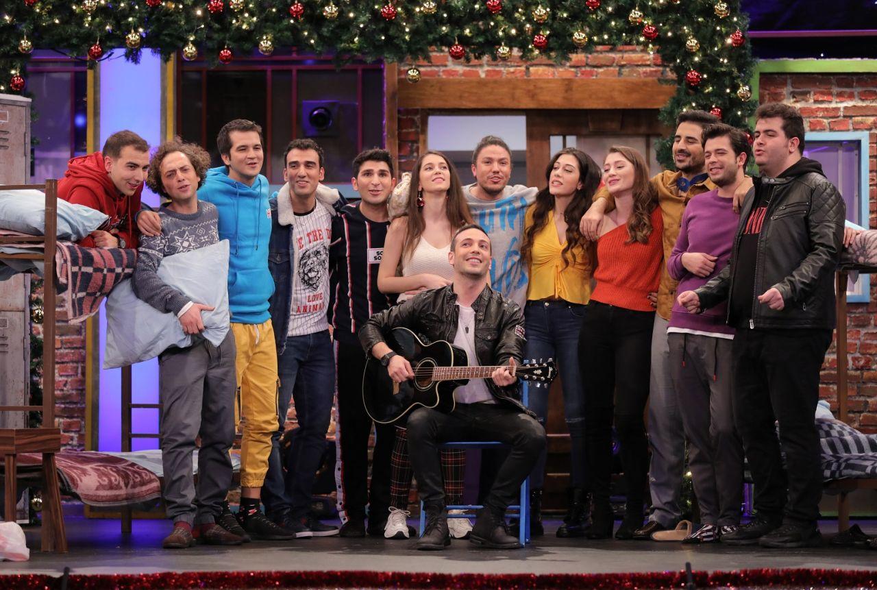 Yılbaşı gecesi Kanal D'de yıldızlar geçidi! - Sayfa:3