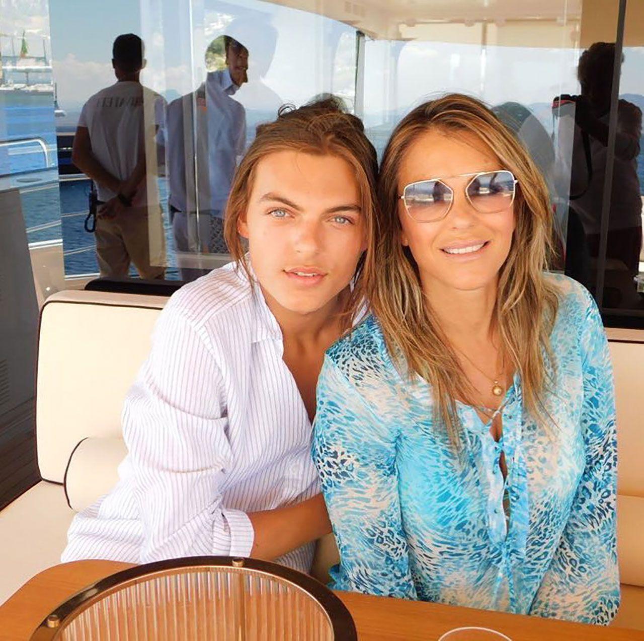 Elizabeth Hurley ve oğlu Damian Hurley - Sayfa:2
