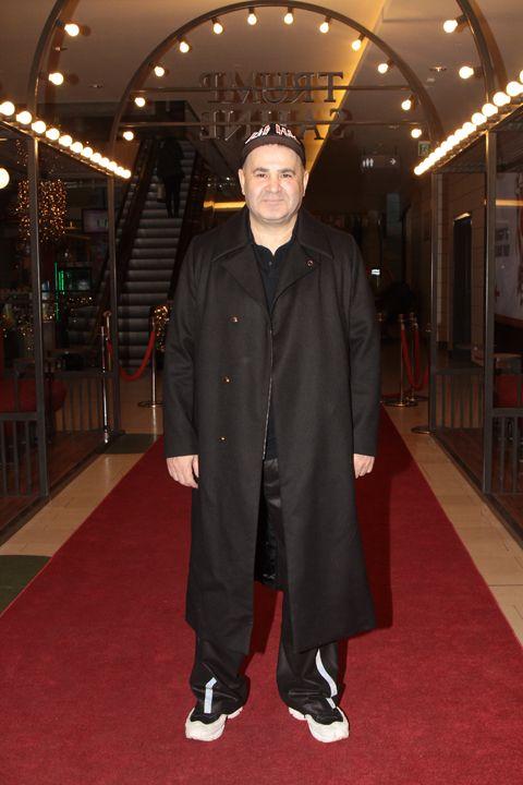 Şafak Sezer 20 yıl önce oynadığı 'Şen Makas'ı izledi - Sayfa:2