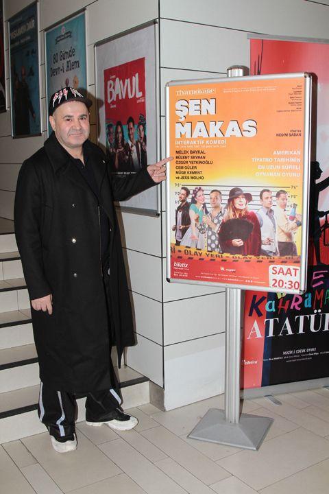 Şafak Sezer 20 yıl önce oynadığı 'Şen Makas'ı izledi - Sayfa:1