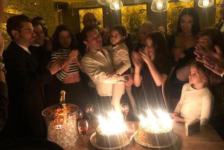Beren Saat'siz doğum günü kutlaması! - Sayfa:3