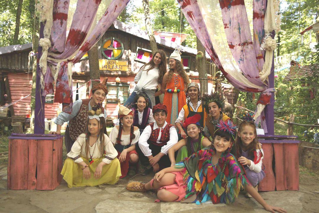 Çocuklardan Gamonya'ya hücum - Sayfa:1
