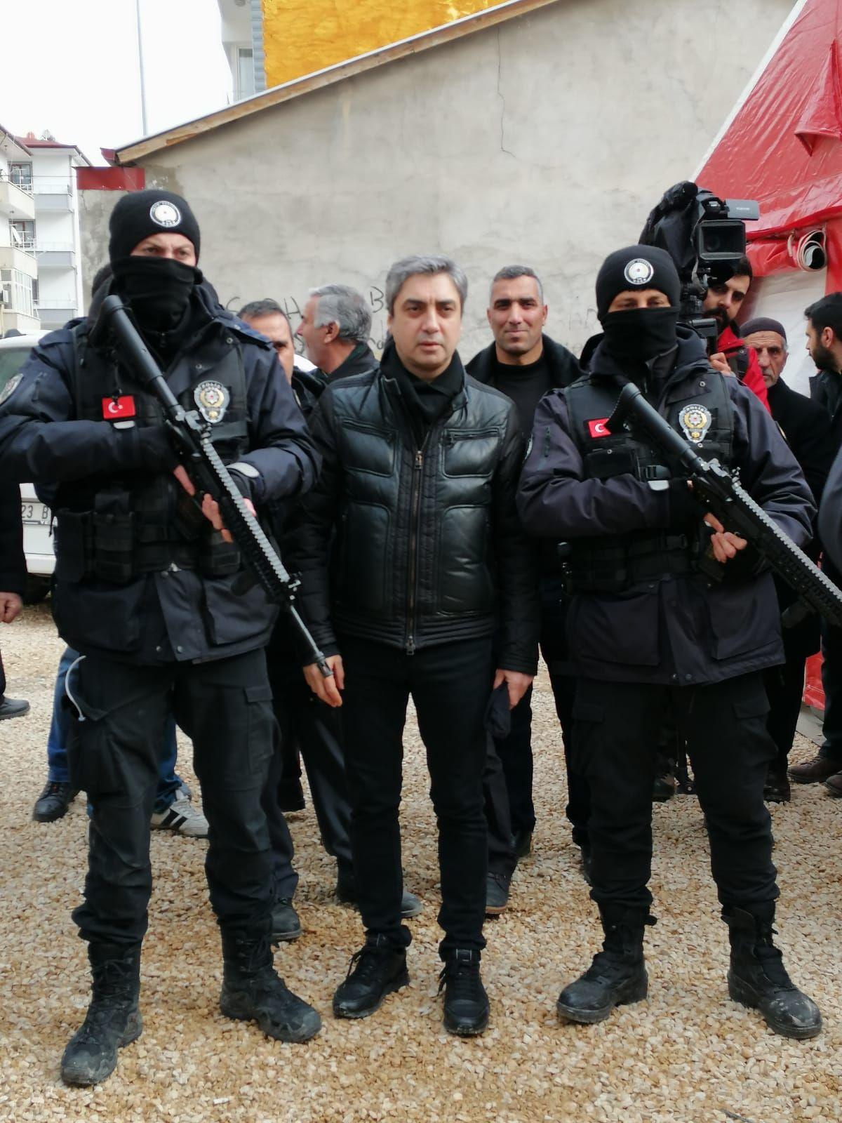 Necati Şaşmaz'dan memleketi Elazığ'a destek - Sayfa:5