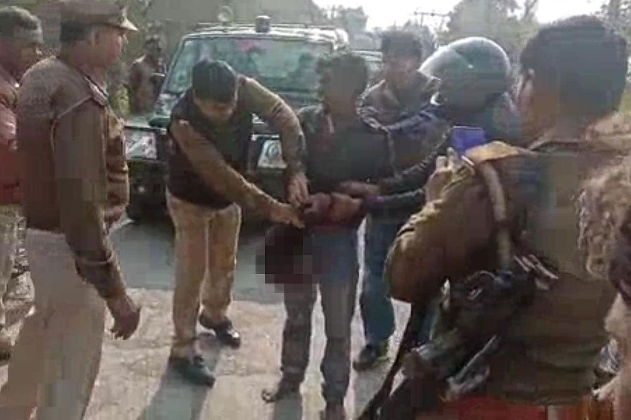 Hindistan'da karısını öldüren adam, karısının kafasını kesip yanına aldıktan sonra karakola kadar yürüdü - Sayfa:3