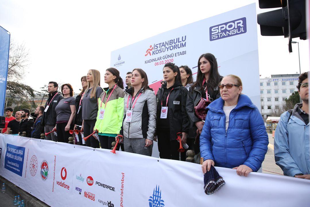 Kadınlar, güçlü adımlarıyla Kadıköy'de koştu - Sayfa:3