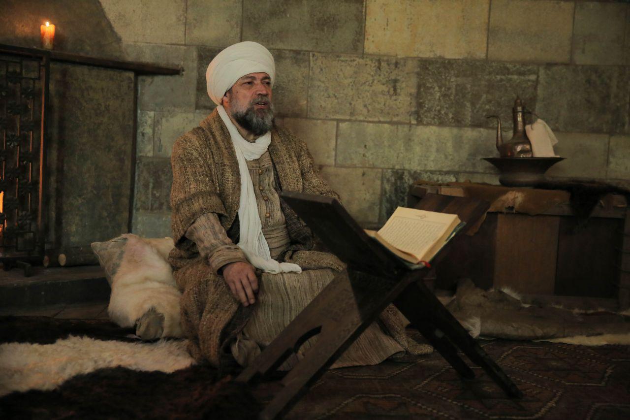 """Kuruluş Osman'ın Şeyh Edebalı'sı: """"Sokakta, 'kızını Osman'a niye vermiyorsun?' diye sitem ediyorlar"""" - Sayfa:1"""