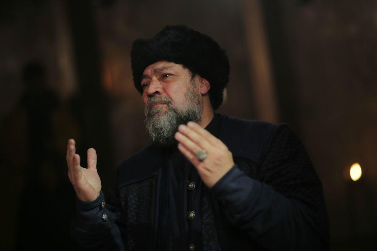 """Kuruluş Osman'ın Şeyh Edebalı'sı: """"Sokakta, 'kızını Osman'a niye vermiyorsun?' diye sitem ediyorlar"""" - Sayfa:4"""