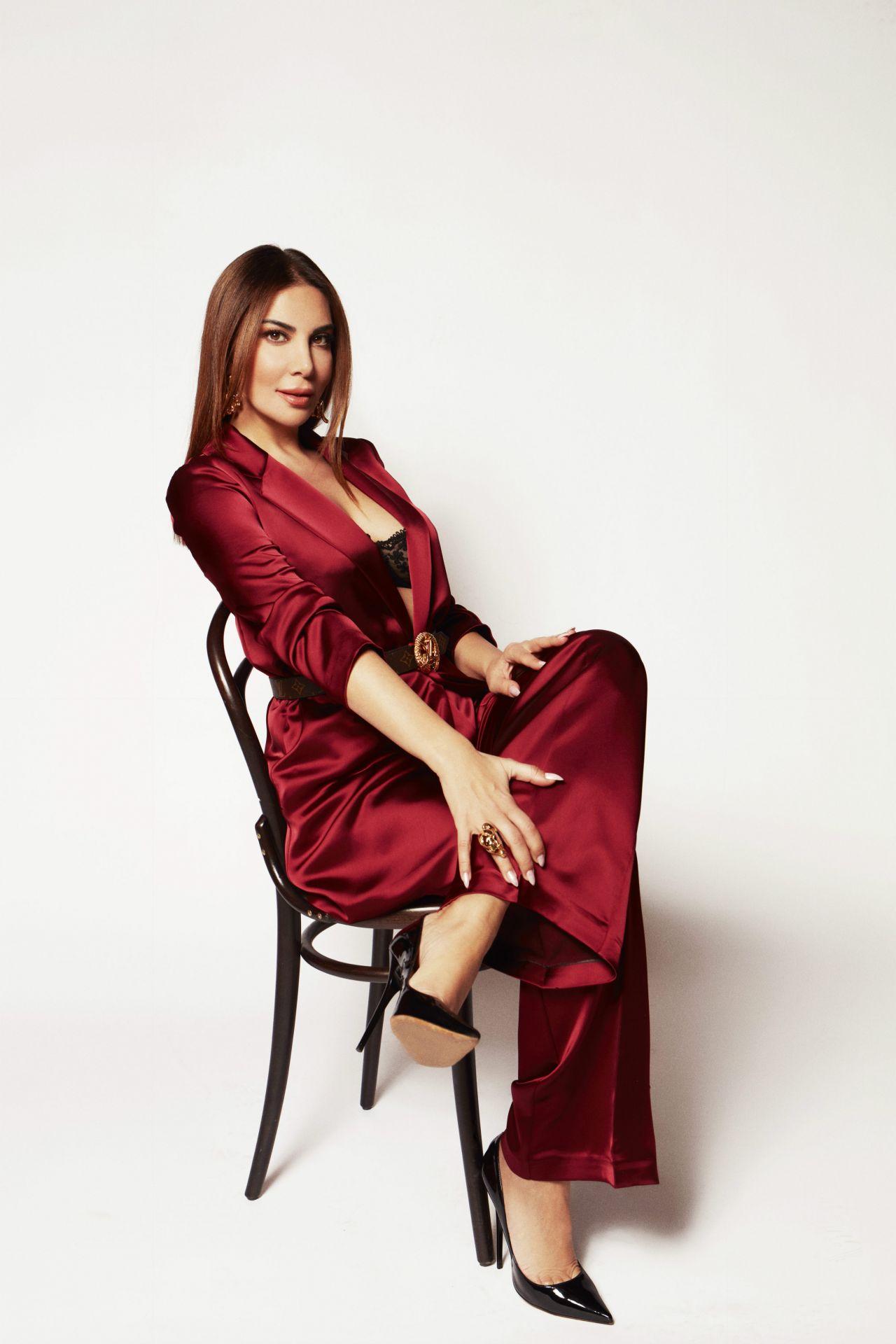 Merakla beklenen şarkı piyasada! Ebru Yaşar'dan yeni single: Kalmam - Sayfa:4