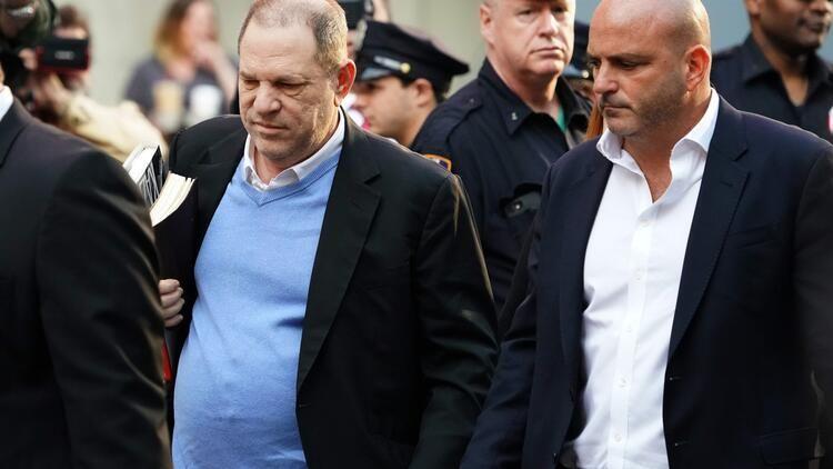 Tecavüz suçlusu Harwey Weinstein 4 olaydan daha suçlu bulundu - Sayfa:4
