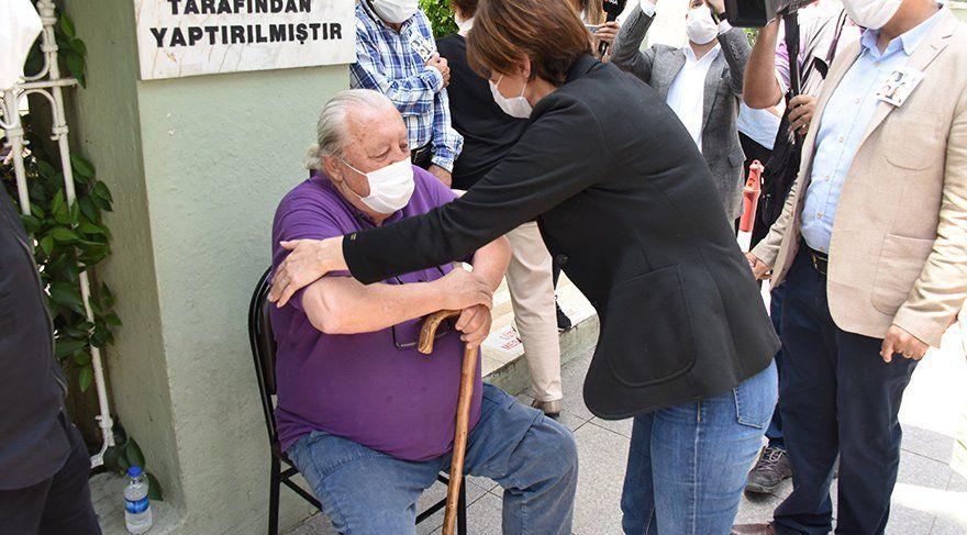 Usta sanatçı Ayşegül Atik alkışlarla uğurlandı! - Sayfa:2