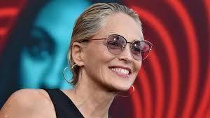 Sharon Stone'a yıldırım çarptı - Sayfa:3