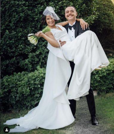 Selen Seyven evlendi - Sayfa:1