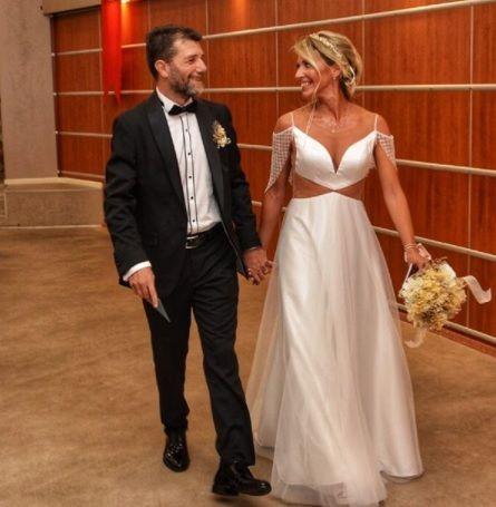 'Aşk Doktoru' Mehmet Coşkundeniz evlendi - Sayfa:1