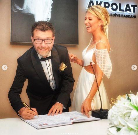 'Aşk Doktoru' Mehmet Coşkundeniz evlendi - Sayfa:4