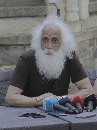 Suavi, 'Şeyh Bedreddin' rolünde - Sayfa:1