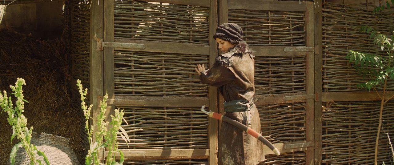 Deren Talu yeni rolü için erkek kılığında - Sayfa:1