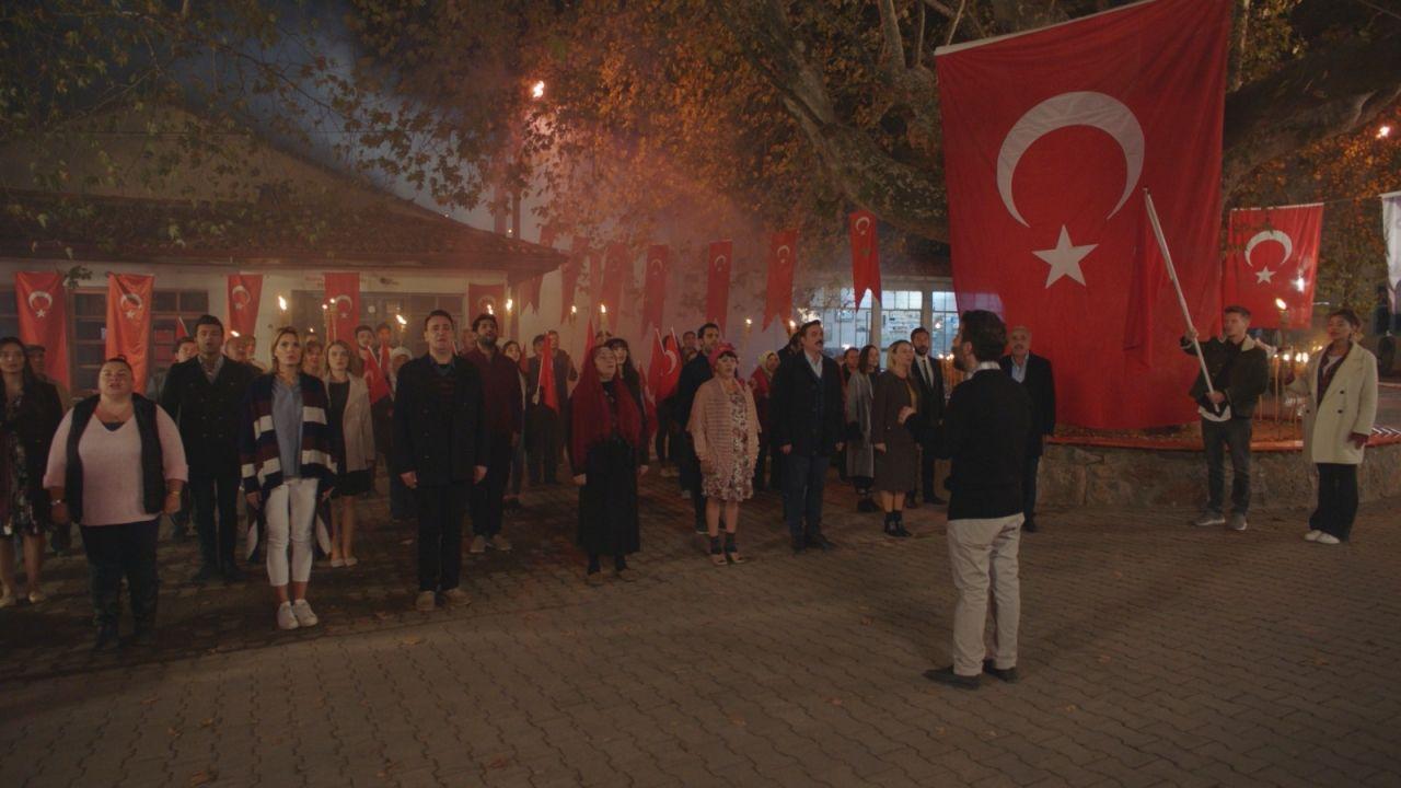 Kalk Gidelim dizisinde Cumhuriyet Bayramı coşkusu! - Sayfa:3