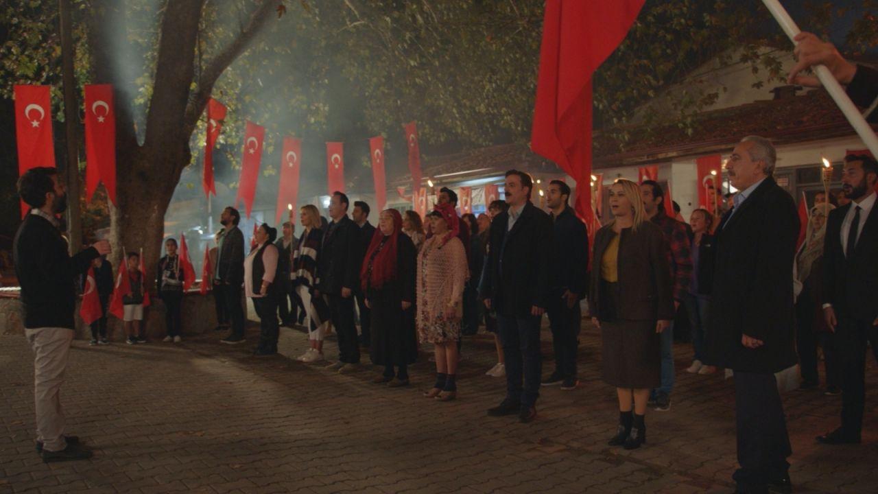 Kalk Gidelim dizisinde Cumhuriyet Bayramı coşkusu! - Sayfa:2