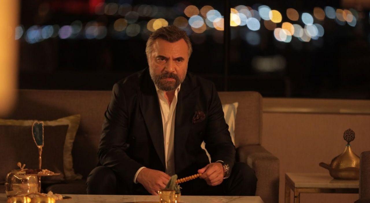 Eşkıya Dünyaya Hükümdar Olmaz'a sürpriz transfer! Hangi ünlü türkücü kadroya katıldı? - Sayfa:1