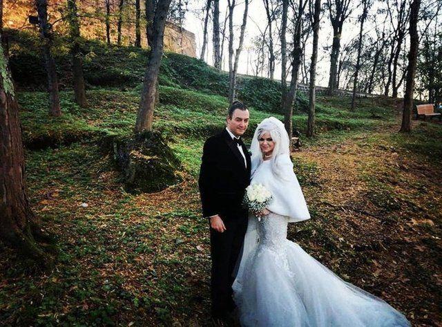 90'lara damga vuran şarkıcı Tayfun evlendi - Sayfa:3