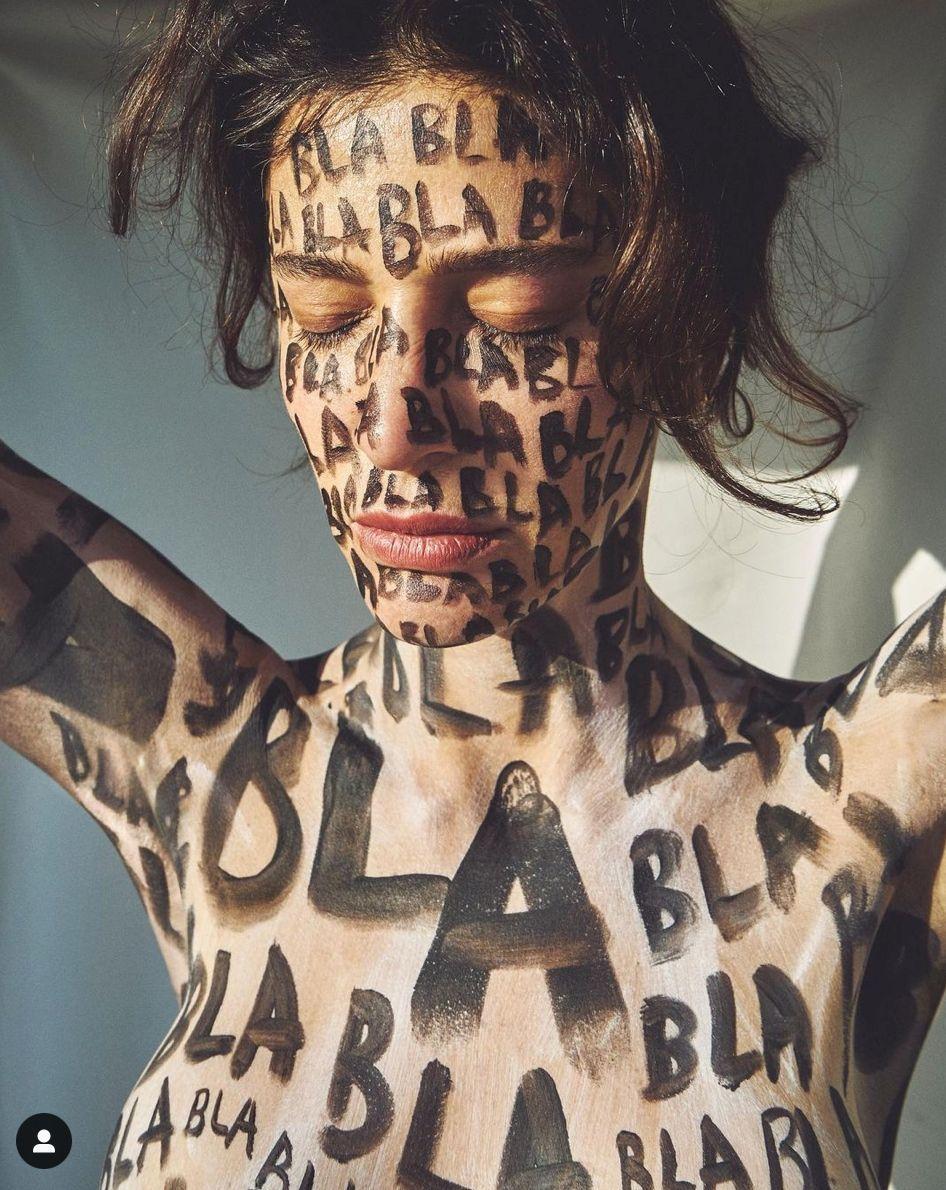 Berrak Tüzünataç'ın çok konuşulan fotoğraflarına 'Femen' benzetmesi - Sayfa:2