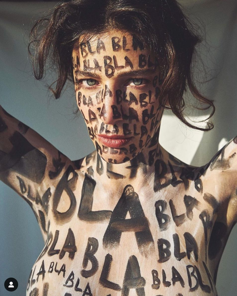 Berrak Tüzünataç'ın çok konuşulan fotoğraflarına 'Femen' benzetmesi - Sayfa:3