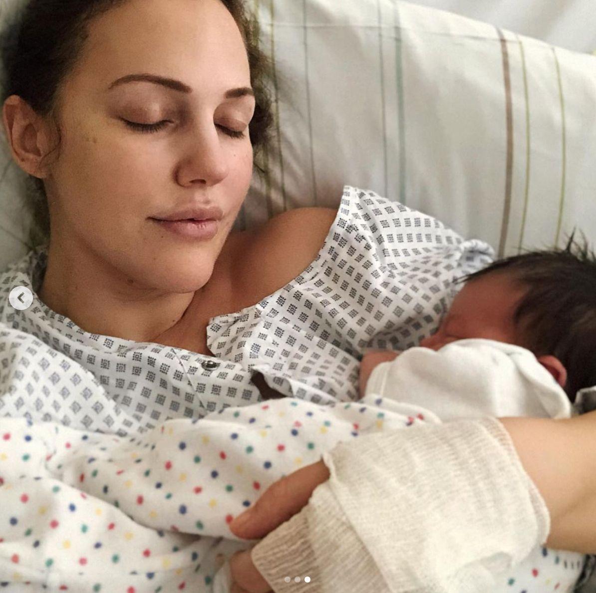 Meryem Uzerli ikinci kez anne oldu! Doğumdan sonra ilk kareler... - Sayfa:4
