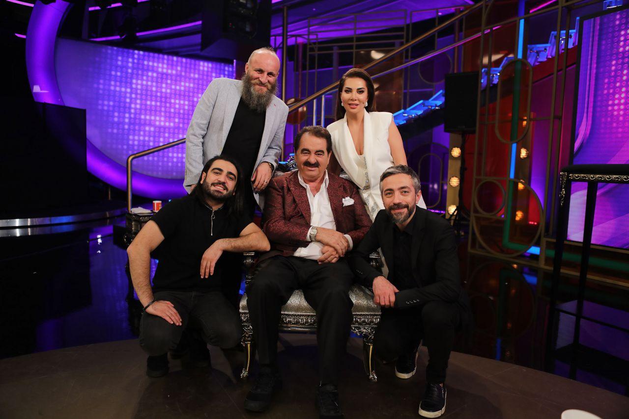 15 yıllık küslük İbo Show'da sona erdi! İbrahim Tatlıses ve Ebru Yaşar barıştı - Sayfa:1
