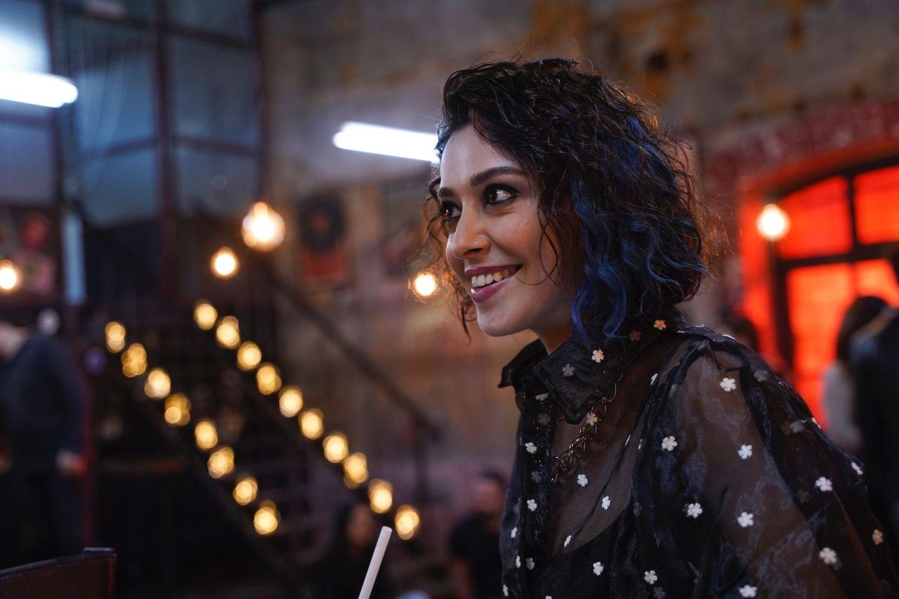 Seni Çok Bekledim oyuncusu Sibel Şişman MedyaTava'nın sorularını yanıtladı: 'Şebnem'in yaşam enerjisi müzikten geliyor' - Sayfa:3