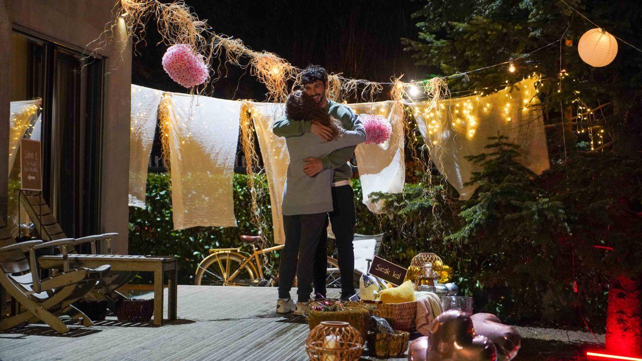 Menajerimi Ara'da romantizm rüzgarı - Sayfa:4