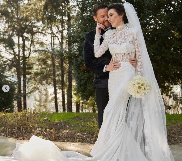 Burcu Kıratlı ile Sinan Akçıl yeniden evlendi - Sayfa:2
