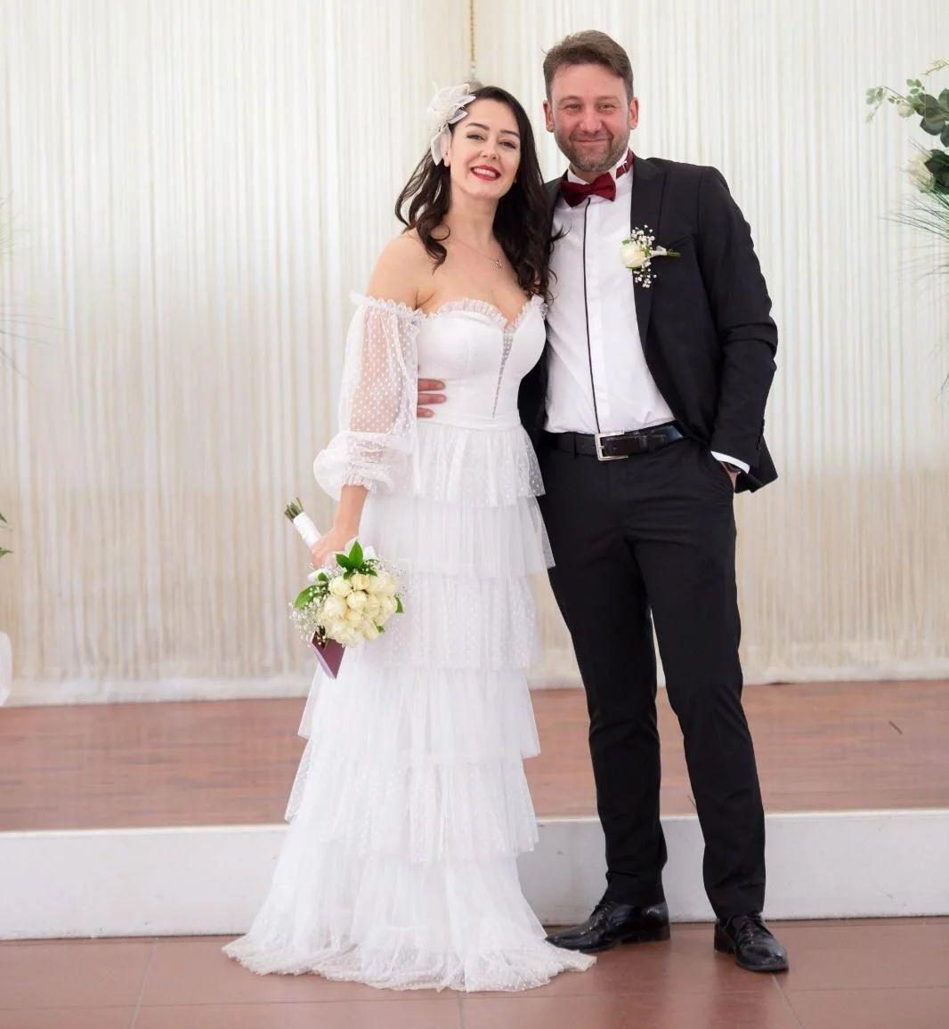 Eşkıya Dünyaya Hükümdar Olmaz oyuncusunun mutlu günü - Sayfa:1