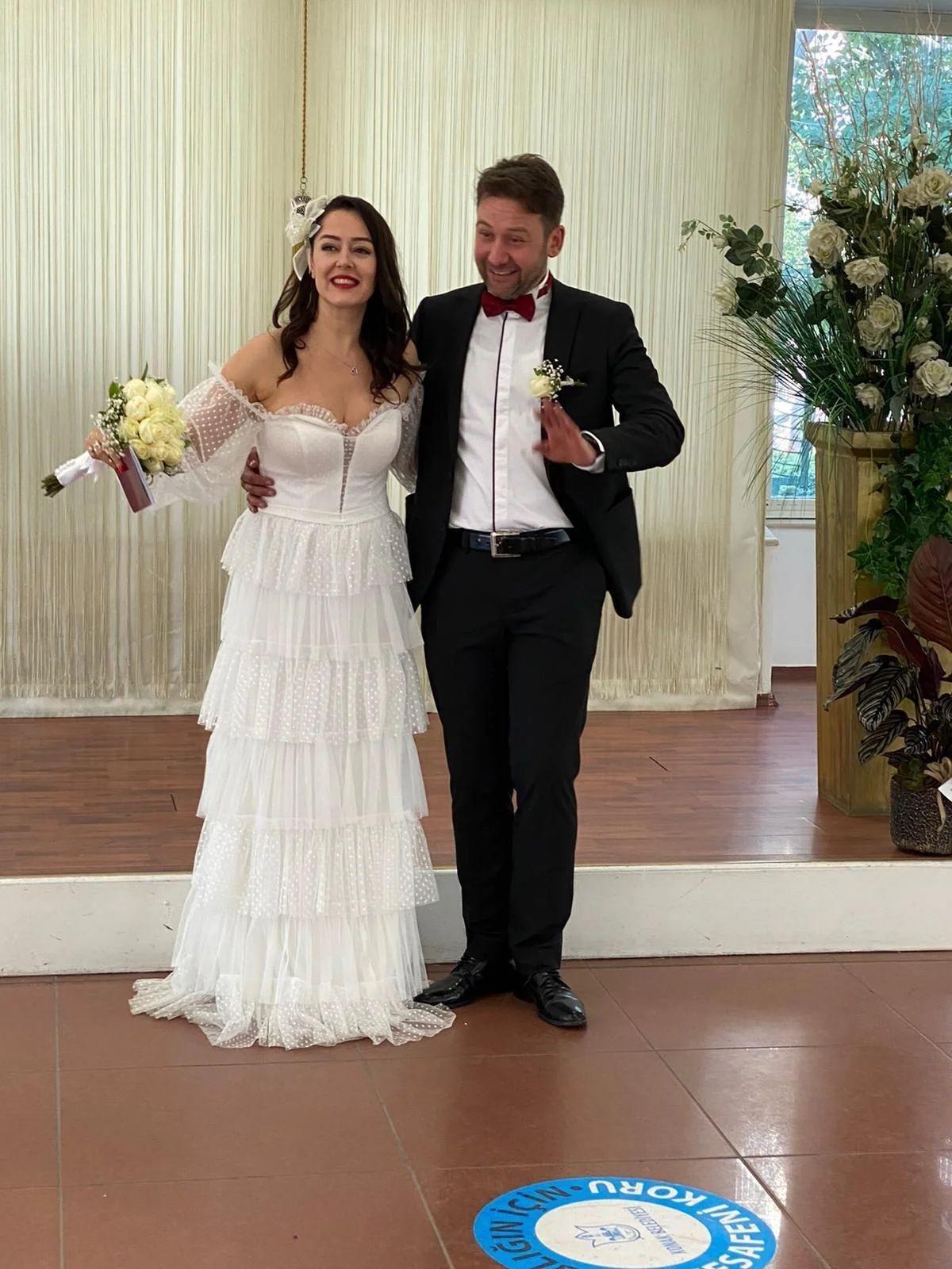 Eşkıya Dünyaya Hükümdar Olmaz oyuncusunun mutlu günü - Sayfa:4