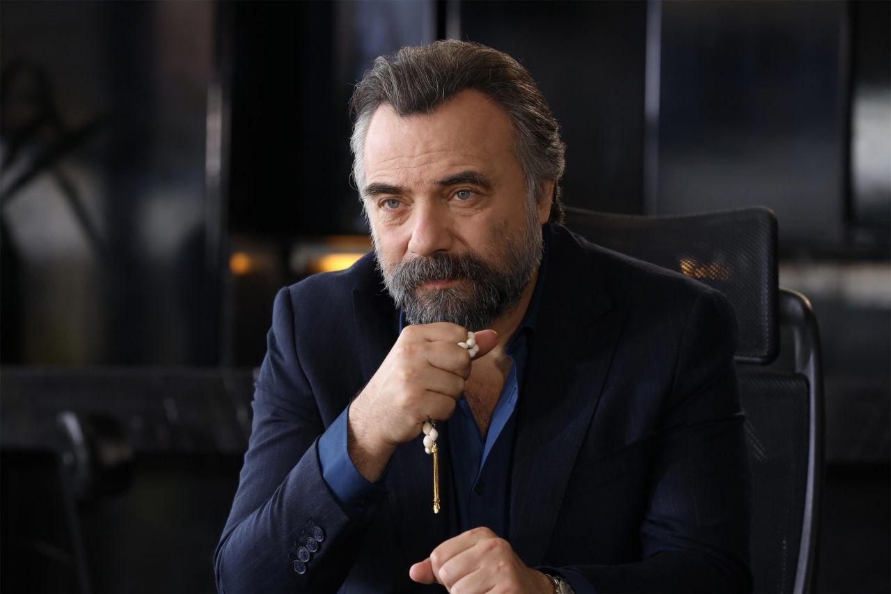 Oktay Kaynarca'dan usta oyuncu hakkında açıklama! - Sayfa:1