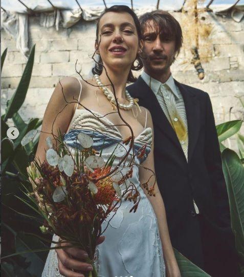 Ünlü oyuncu evlendi - Sayfa:1