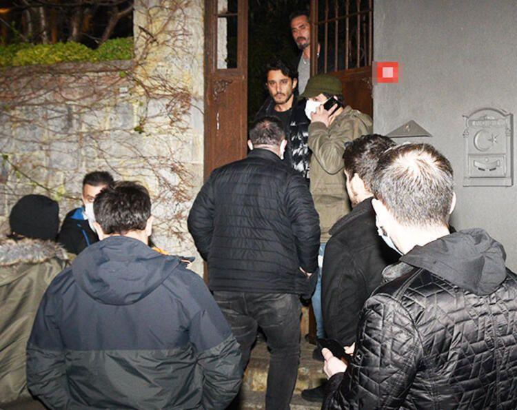 Özge Özpirinçci'nin partisini polis bastı - Sayfa:4