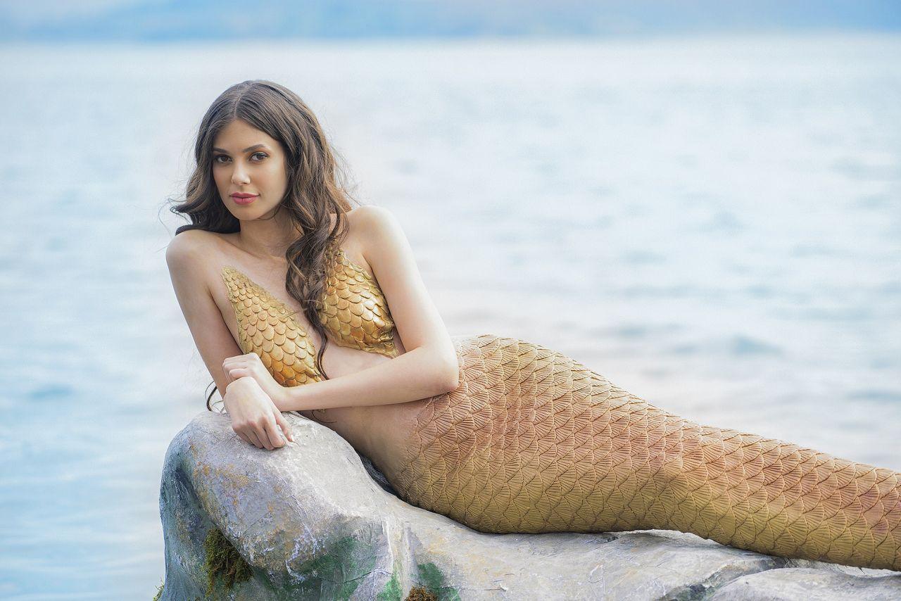 Deren Talu, Doğu dizisine 'deniz kızı' olarak konuk oldu! - Sayfa:1