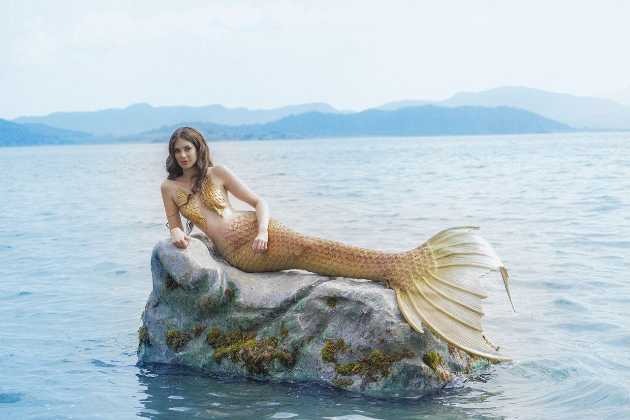 Deren Talu, Doğu dizisine 'deniz kızı' olarak konuk oldu! - Sayfa:4