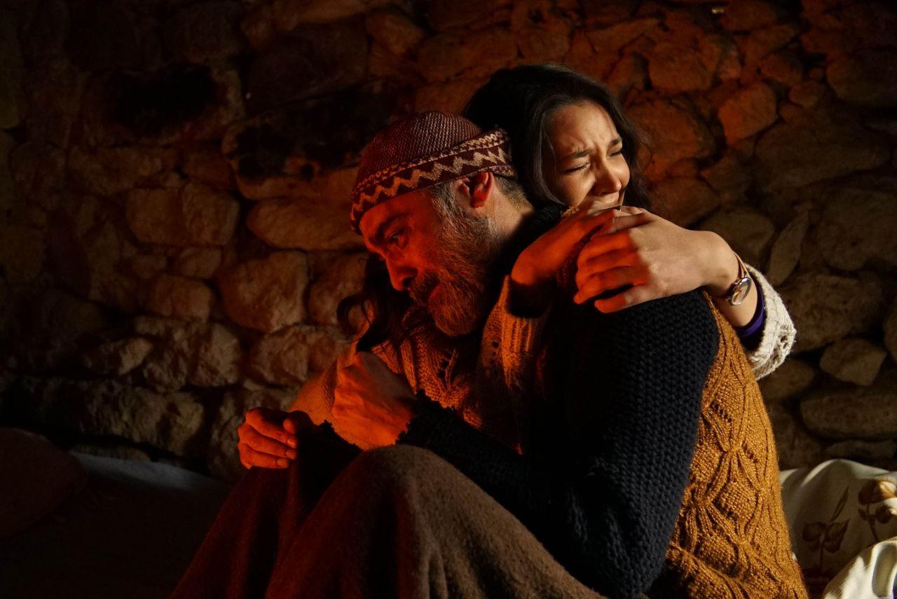 Ünlü oyuncu Gönül Dağı'nda: 'Gönül Dağı, gerçek olayları anlatıyor... Dizide entrikalar, lüks, şatafat, şiddet yok!' - Sayfa:4
