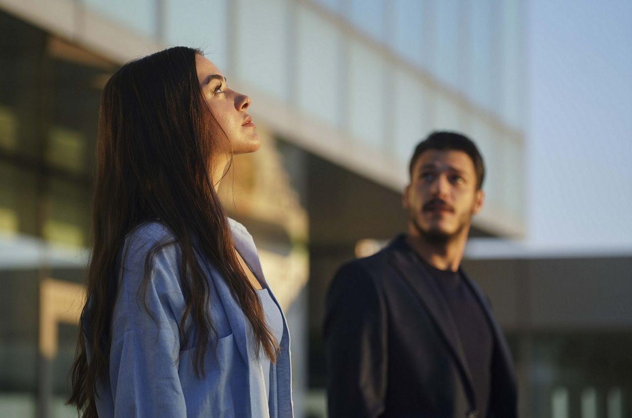 Bensu Soral ve Kubilay Aka'yı buluşturan Cam Tavanlar dizisinden ilk tanıtım yayınlandı! - Sayfa:2