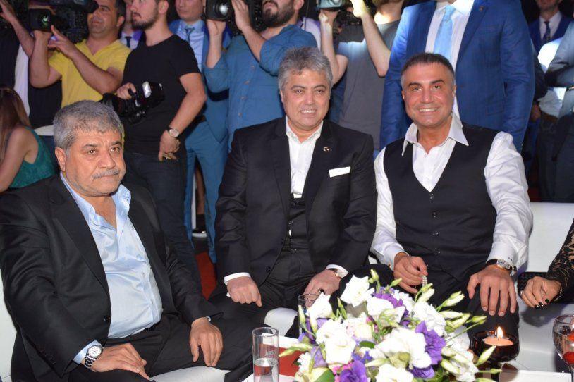 Sedat Peker ile fotoğraflarını paylaşan ünlü isimler, şimdi de silme yarışına girdi! - Sayfa:3