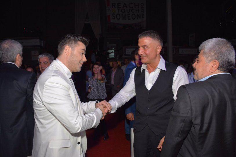 Sedat Peker ile fotoğraflarını paylaşan ünlü isimler, şimdi de silme yarışına girdi! - Sayfa:4