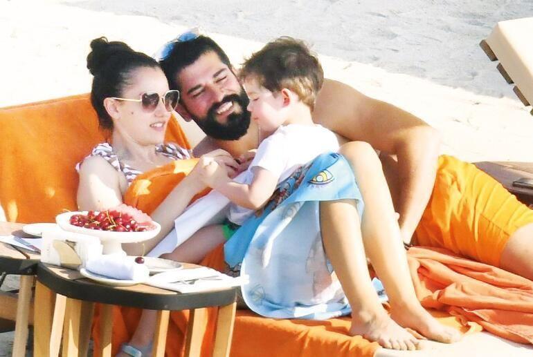Kuruluş Osman dizisinde rol alan Burak Özçivit, Fahriye Evcen ve oğlu Karan'la  birlikte sezonun yorgunluğunu Bodrum'da atıyor... - Sayfa:2