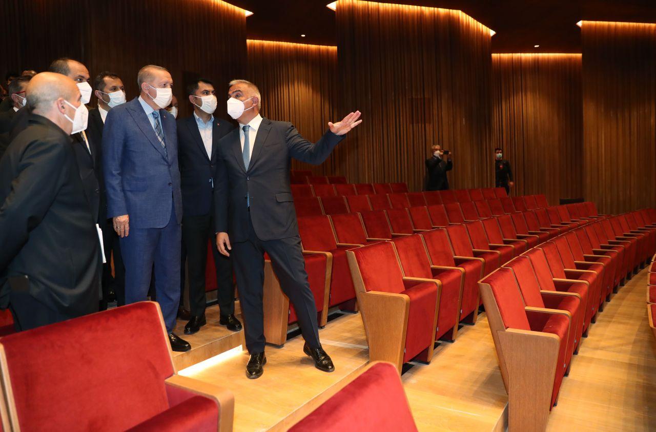 Cumhurbaşkanı Erdoğan, AKM'de incelemelerde bulundu - Sayfa:2