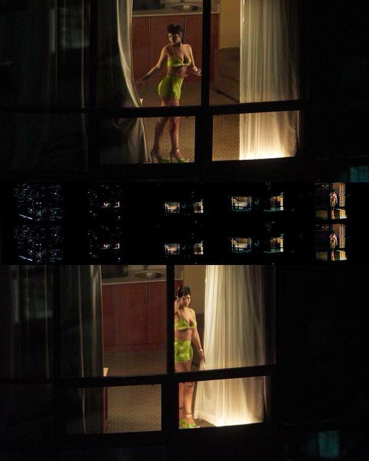 Rihanna'nın altın çağı! Kendisine özel tasarımlarla şov yaptı - Sayfa:2