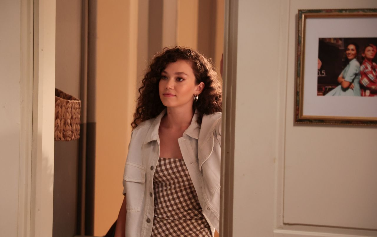 Masumlar Apartmanı yeni sezon ilk bölümüyle bu akşam TRT 1'de! - Sayfa:4