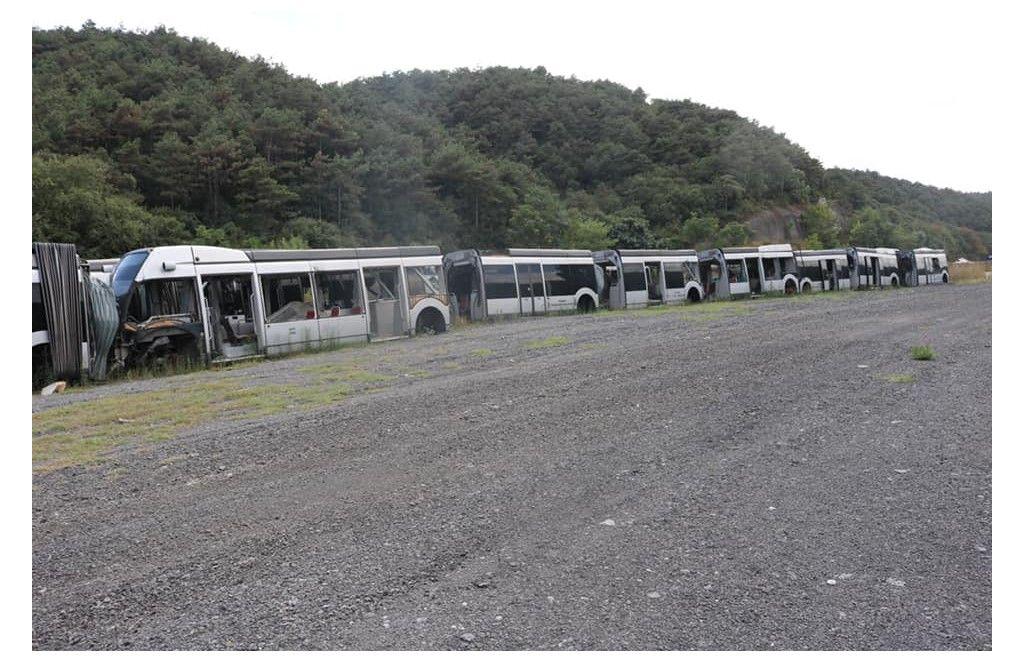 İstanbulluya müjde!  İBB 160 yeni metrobüs aldı, çürümeye terk edilen araçları kamuoyuyla paylaştı - Sayfa:3