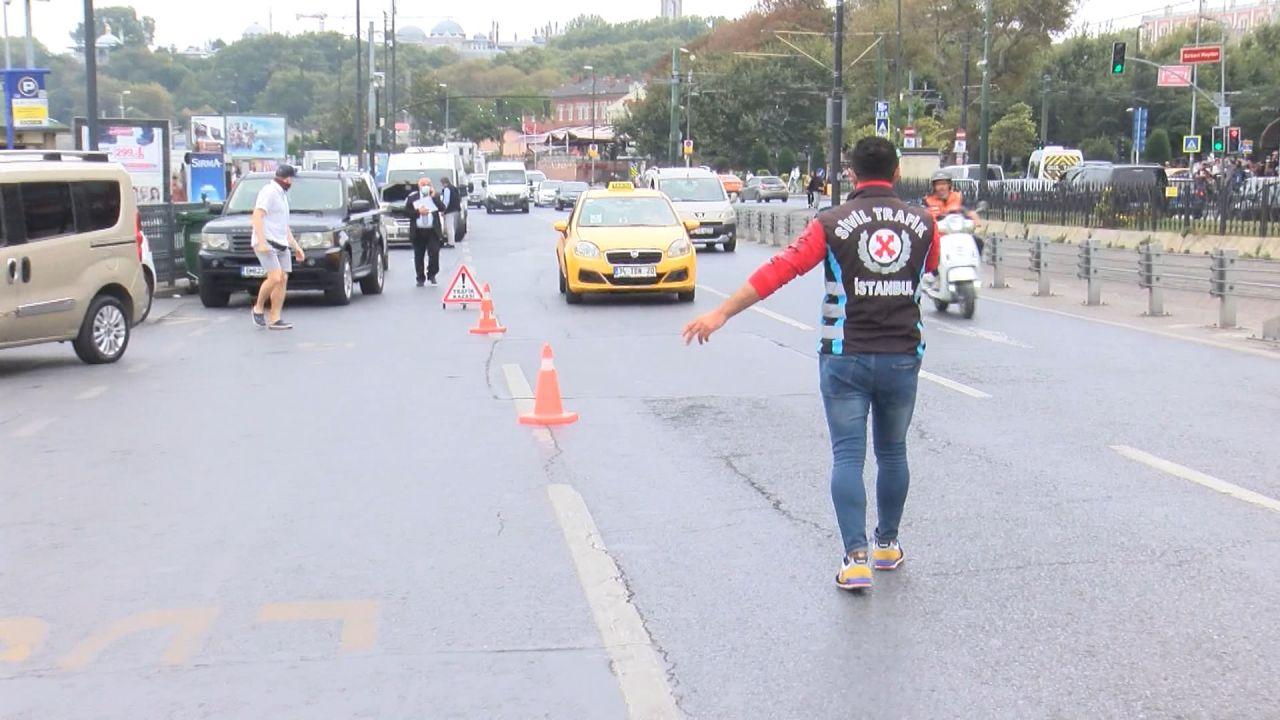 Sivil polisler yolcu gibi taksilere bindi; kurallara uymayanlara ceza kesildi - Sayfa:2