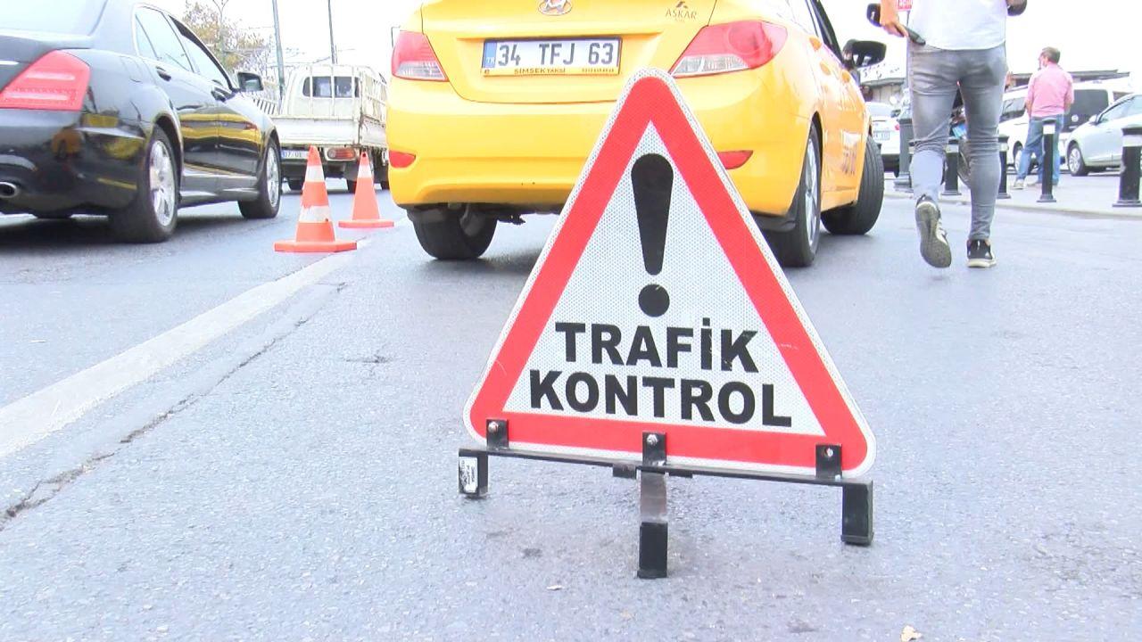 Sivil polisler yolcu gibi taksilere bindi; kurallara uymayanlara ceza kesildi - Sayfa:1